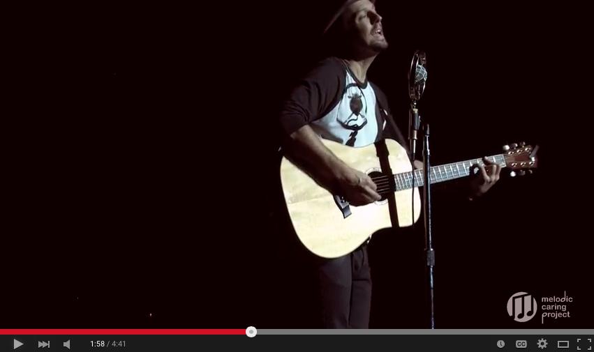 Jason Mraz singing REMEDY to Kylie